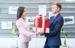 1001 Lưu ý bạn nên biết khi mua quà tặng sếp nữ (2)
